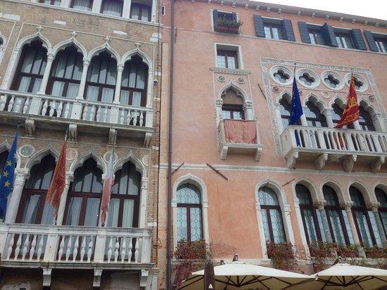 Hotel Pesaro Palace: Exterieur