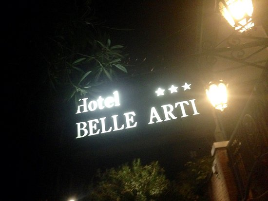 Hotel Belle Arti: By night