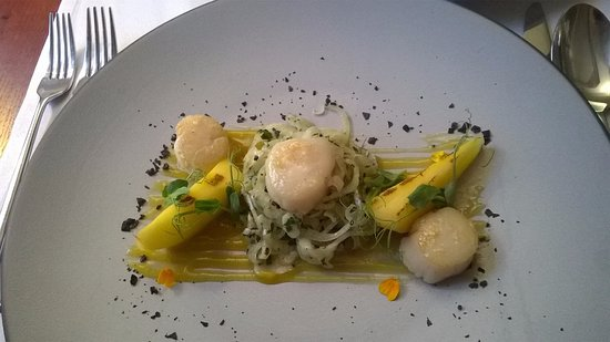 Kedzierzyn Kozle, Poland: Scallops, lemon grass, mango. Tender and well cooked. Choose home cooked chips with these.