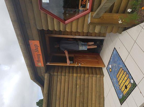 Bay of Islands Honey Shop: 20161114_111657_large.jpg