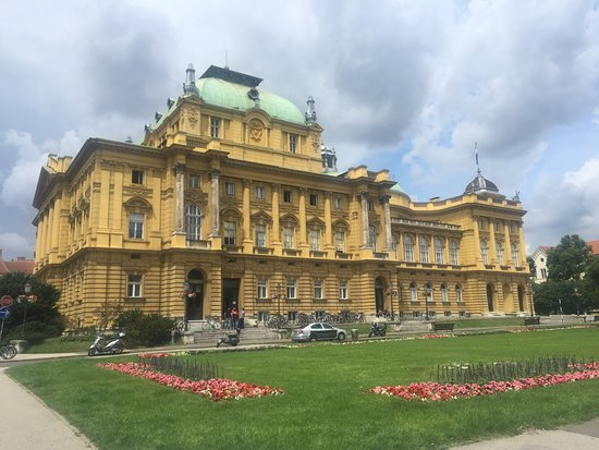 Croatian National Theatre in Zagreb : photo8.jpg