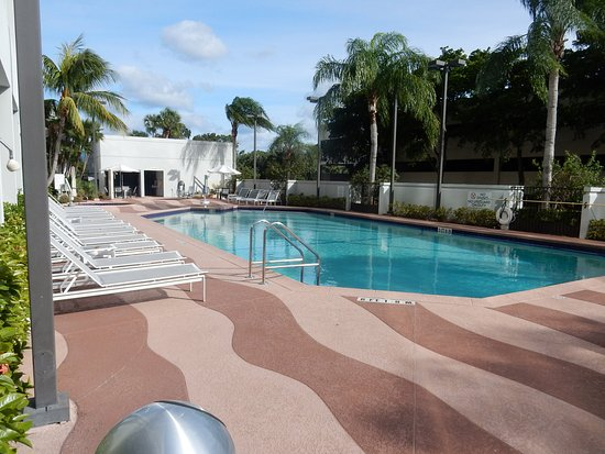 Embassy Suites By Hilton Palm Beach Gardens Pga Boulevard Updated 2018 Hotel Reviews Price