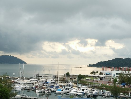 Marina Island Pangkor Resort & Hotel: the view during the day