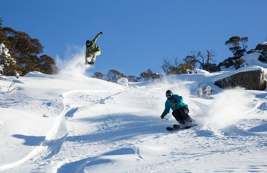 Boali Lodge : Winter ski and snowboard fun