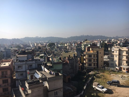 Hotel Tibet International: View from rooftop