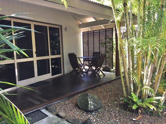 eco village resort mission beach updated 2018 prices. Black Bedroom Furniture Sets. Home Design Ideas