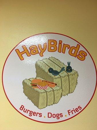 Apple Valley, CA: Hay Birds
