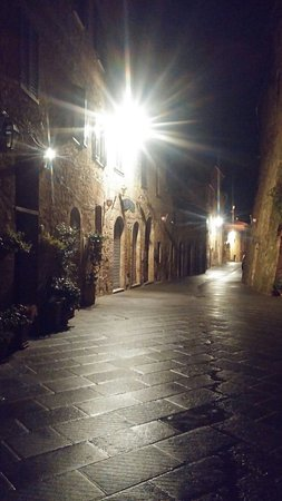 Montisi at night