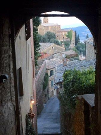 Montisi, İtalya: Montepulciano