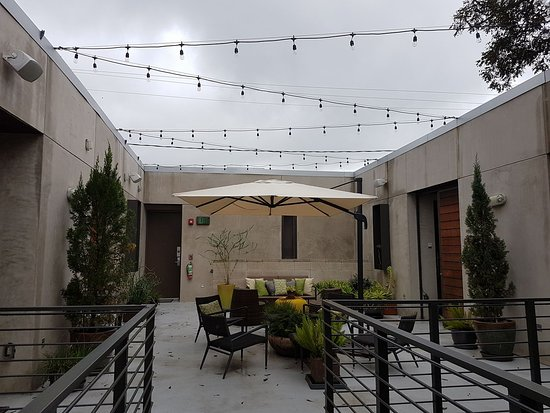 Heywood Hotel: Dreamy Patio/courtyard