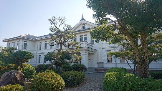 Omihachiman Hachiman Elementary School