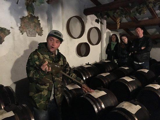 Explaining The Process Of Balsamic Vinegar Making