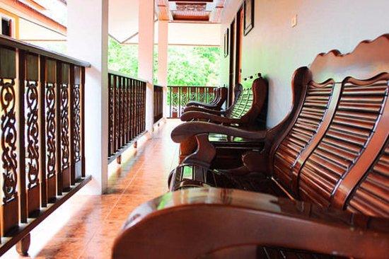 โรงแรมรุ่งอรัญ เดอ ชาเลต์: Sitting Area