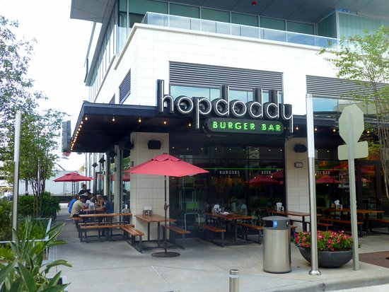 grab a table outside on a nice day picture of hopdoddy burger