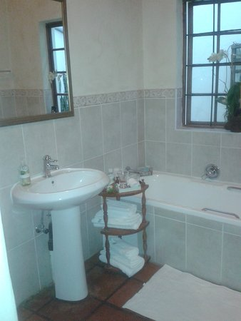 Brooks Cottage : bathroom