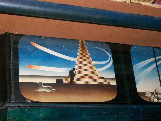 La Via Lactea The Woodstock Bar: Línea techo sobre la barra