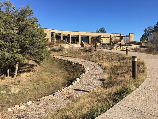 Dolores, CO: Nov 2016 visit with very few visitors there. Great viewing!
