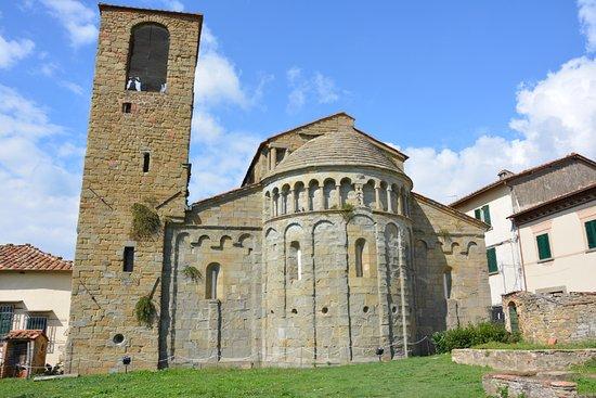 Loro Ciuffenna, Italia: Pieve di Gropina - abside