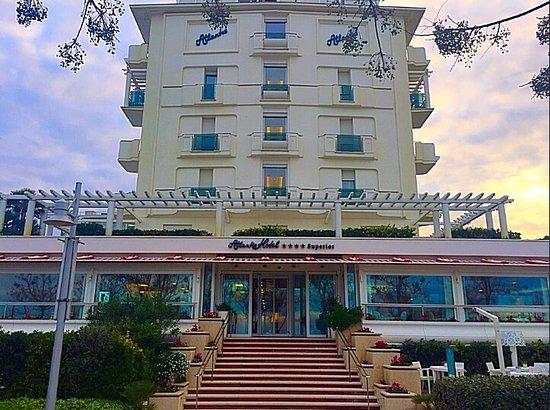 Atlantic Hotel Riccione: photo0.jpg