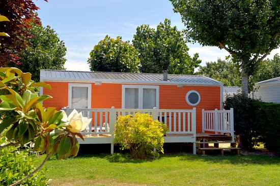 Camping Les Places Dorees