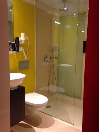 Qbic Hotel Amsterdam WTC: photo2.jpg