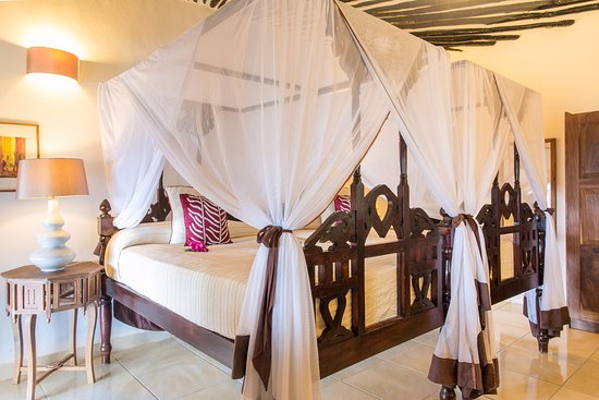 Ras Nungwi Beach Hotel: Superior deluxe chalet room