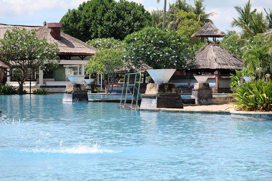 Patra Jasa Bali Resort & Villas: Stunning Pool