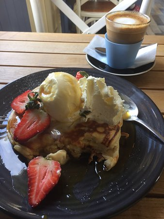 Ulverstone, Avustralya: Pancakes are to die for ❤️ And great coffee - a regular place for me.