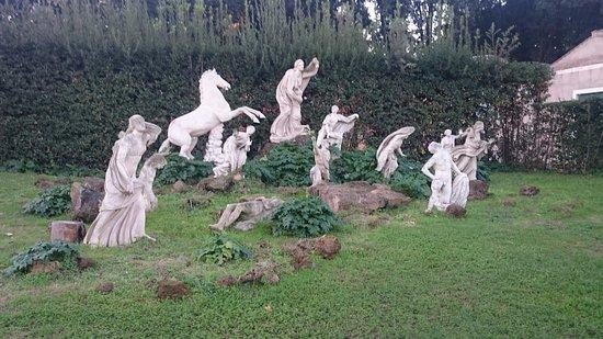 Porte du grand salon picture of villa medici accademia for Jardin a visiter 78