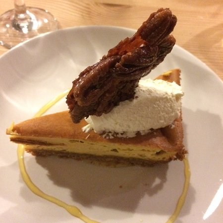 Longhope, UK: Pumpkin pie cheese cake, butterscotch sauce and pecan maple brittle. November 2016.