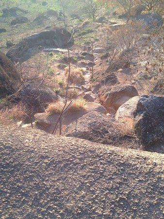 Atibaia, SP: The terrain on the walk down