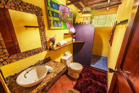 Locanda Samara: bathroom