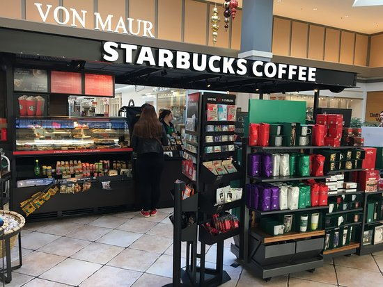 Victor, NY: Starbucks - coffee stand in Eastview Mall