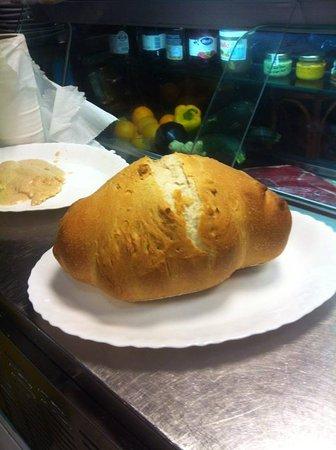 pane fatto da loro
