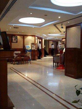 Panorama Deira Hotel: lobby