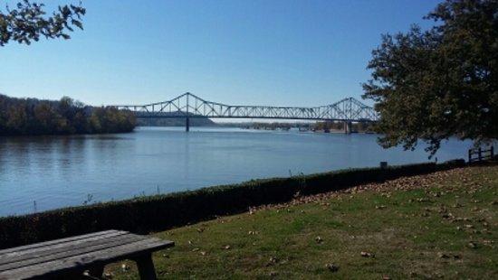 Point Pleasant, WV: Silver Bridge
