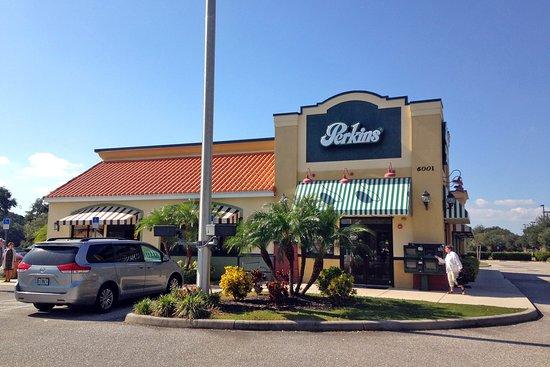 Perkins Restaurant Bakery North Port Fl