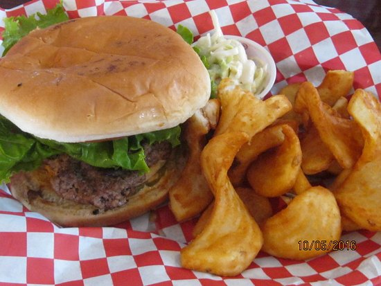 Conway, SC: hamburger combo with slaw and fried potatoes