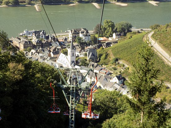 ‪Niederwald Chairlift Assmannshausen on the Rhine‬