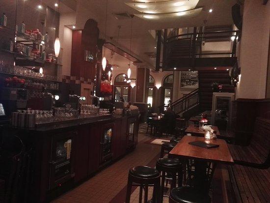 Cafe Restaurant Central