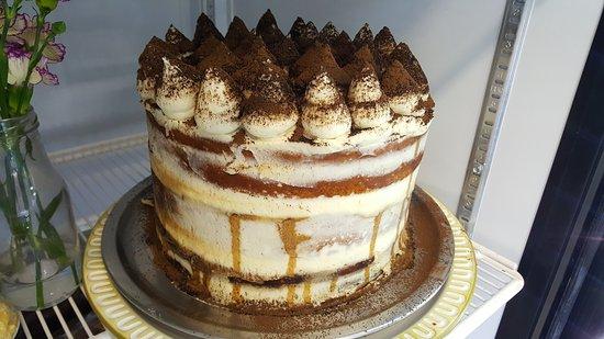 Leola, PA: Some of the November desserts. Sooooo good!