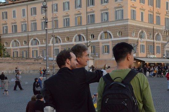 Rome Illuminated Guided Tours : Our Rome Illuminated guide Evan impressing my Italian husband.