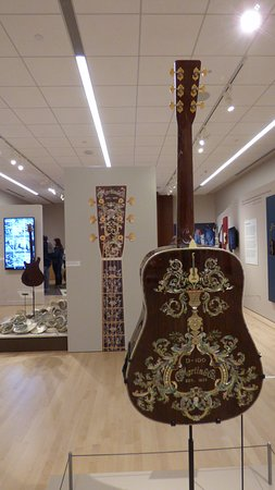 Musical Instrument Museum: Dragons and Vines special exhibit - Martin D-100