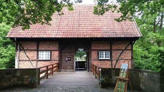 Mühlenhof-Freilichtmuseum: центральный вход в музей