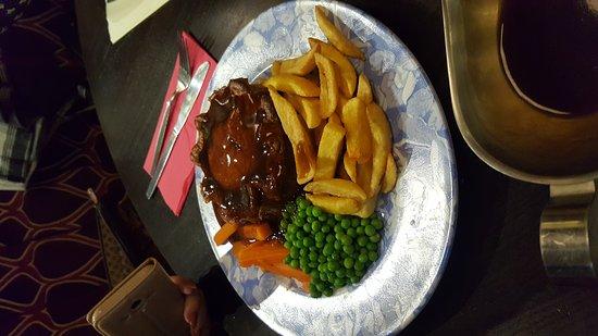 Liversedge, UK: 20161112_165724_large.jpg