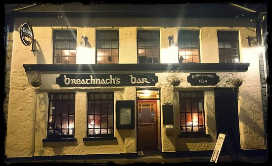 Oughterard, Ireland: Front of the bar. November 2016