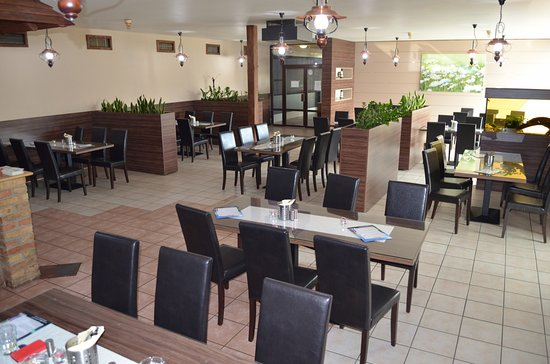 Hodonin, สาธารณรัฐเช็ก: Restaurace Družba Hodonín