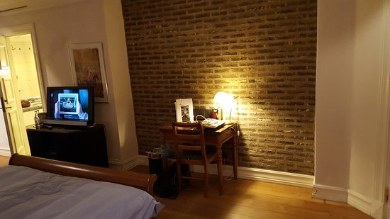 Hotel Mäster Johan: 20161113_194943_large.jpg