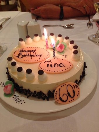 Riviera Beachotel: This is the lovely cake they made for us their was a price