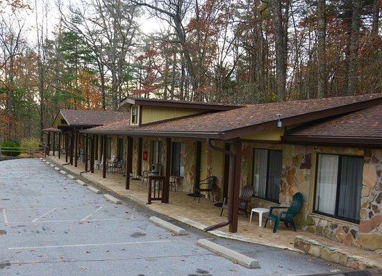 Cashiers Village Inn.  A Great Local Motel!!